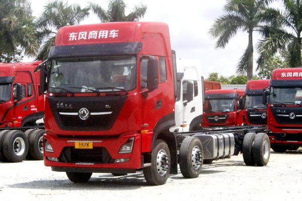 东风商用车 天龙VL重卡 300马力 6X2 9.6米厢式载货车