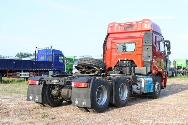 一汽解放 新J6P重卡 质惠版2.0 460马力 6X4 AMT自动挡牵引车(CA4250P66K24T1A1E5)