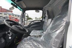 庆铃 五十铃KV100 120马力 4.13米单排厢式轻卡(国六)(QL5042XXYBUHA) 卡车图片