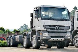 奔驰Actros 载货车