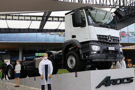 奔驰新Arocs 载货车
