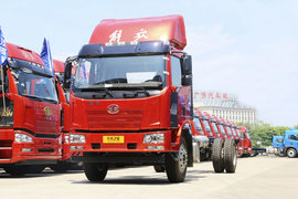 解放J6L载货车图片